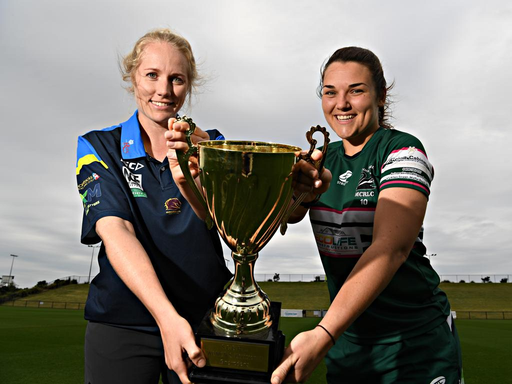Gympie's Lucy Vella and Chantelle Nagel from Maroochydore with the trophy.