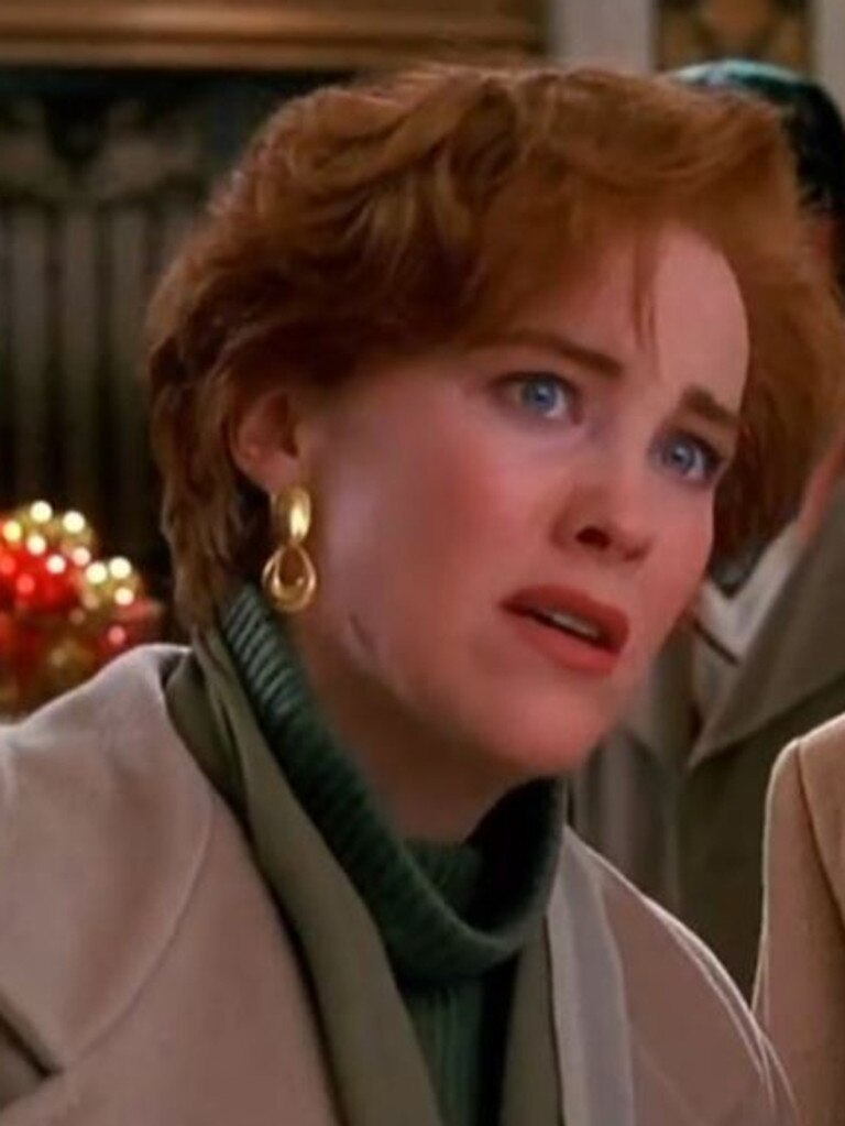 Catherine O'Hara in Home Alone.