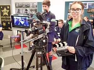 Oscar winner gives region's students taste of silver screen
