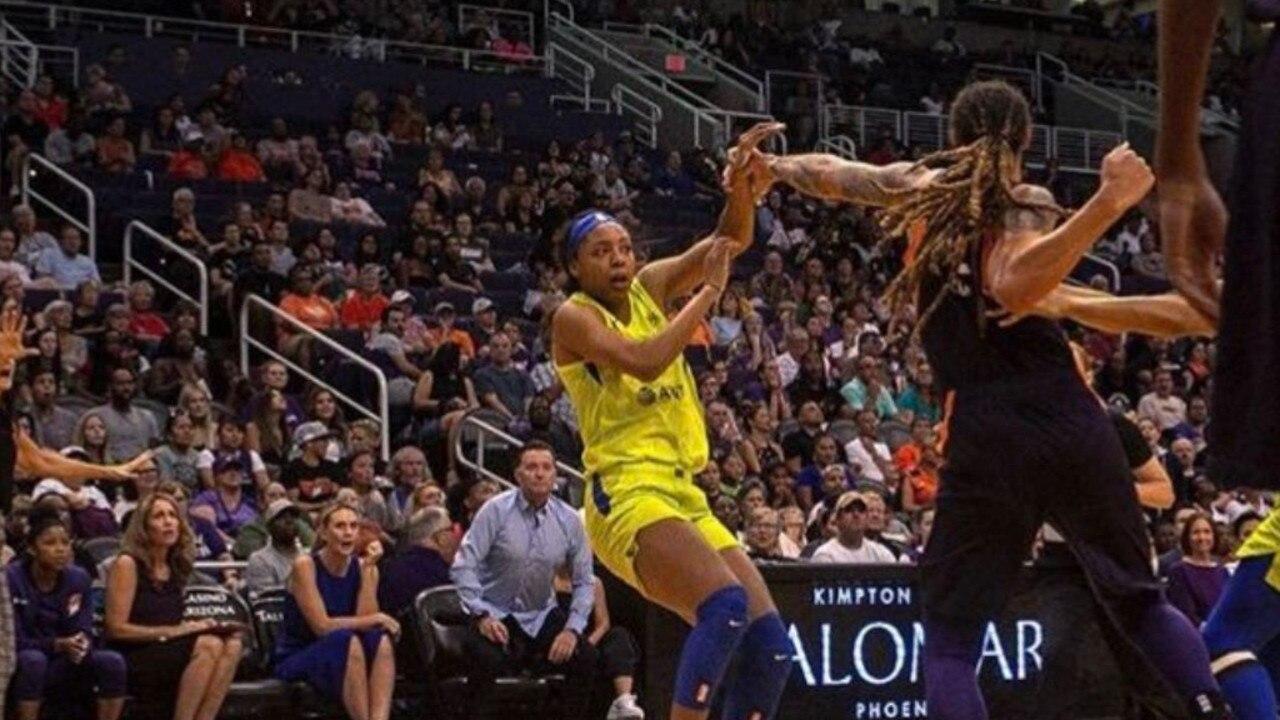Brittney Griner throws wild punches