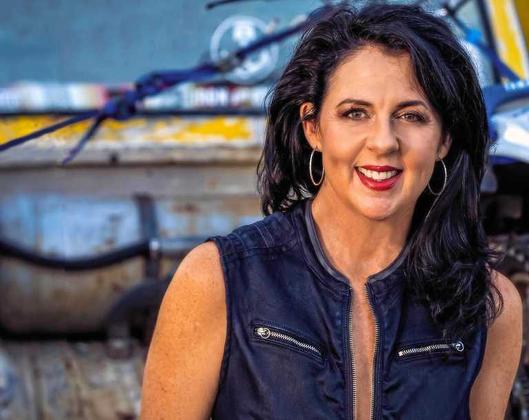 COUNTRY GIRL: Tania Kernaghan will return to Dalby to play the Delicious and Delightful Festival concert.