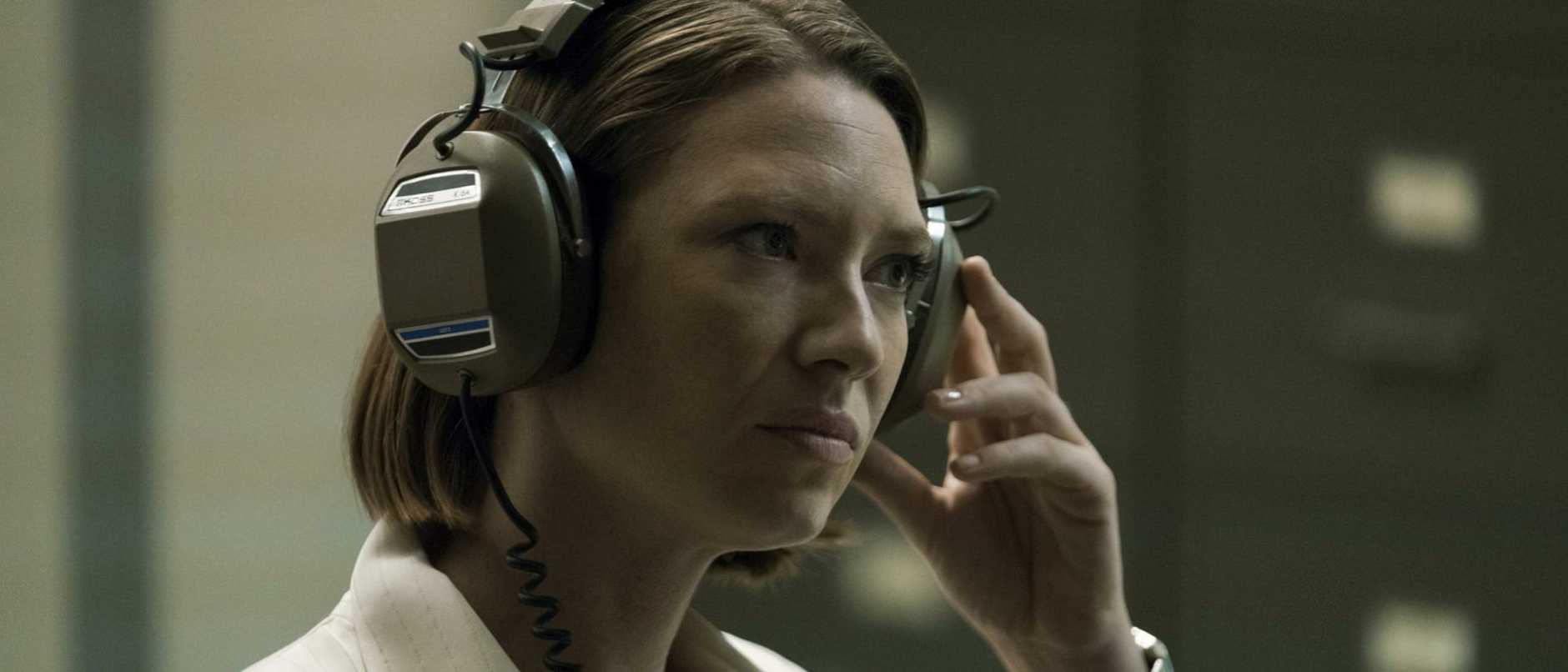 Aussie actress Anna Torv stars in Mindhunter.