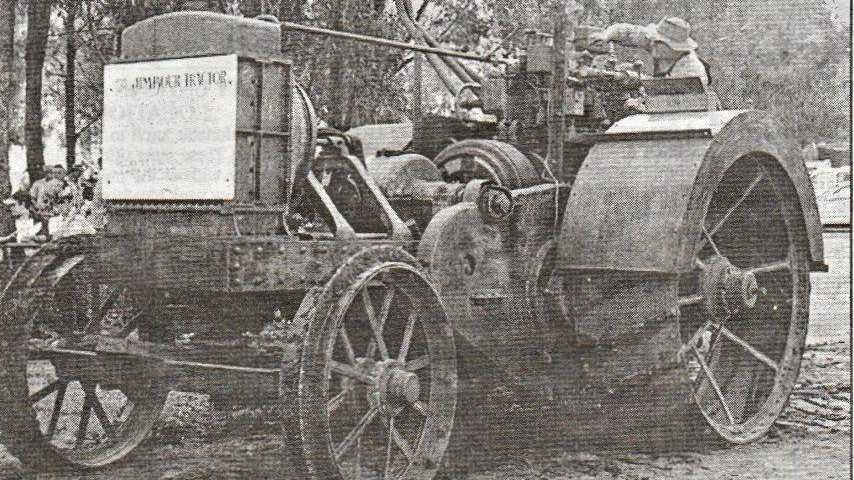 The historic Clayton and Shuttleworth tractor was brought out of retirement by Bob Williams.