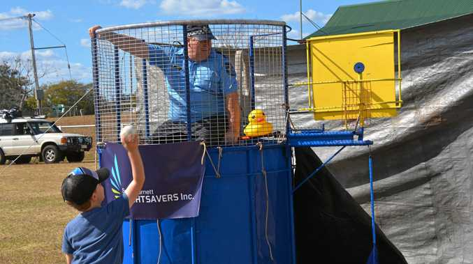 WATCH: Dave Tierney, Spud Jones, and more get dunked
