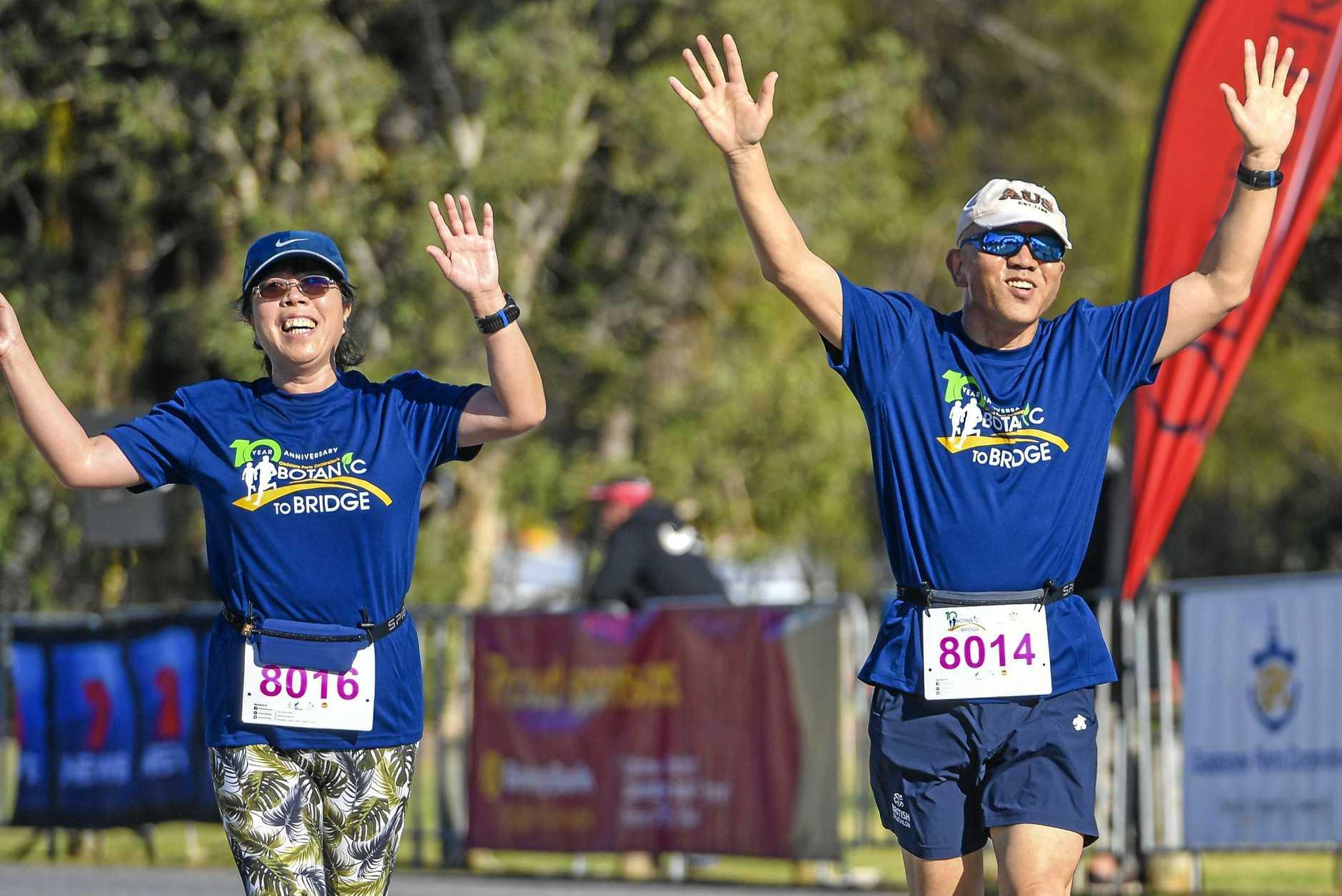 The running of the tenth Gladstone Botanic To Bridge fun run at the Gladstone Marina Parklands.