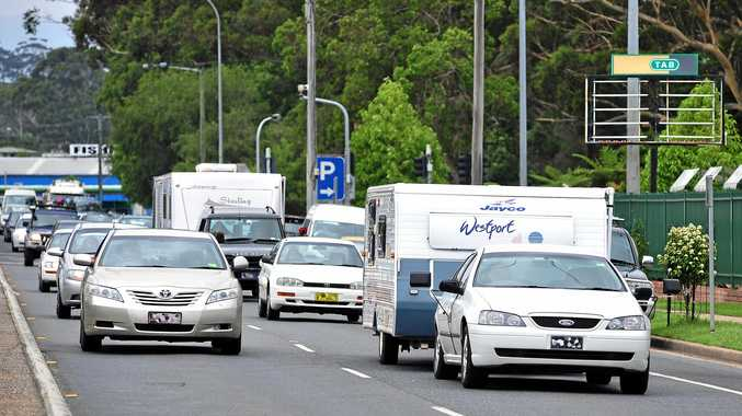 Caravanners need a licence say truckies