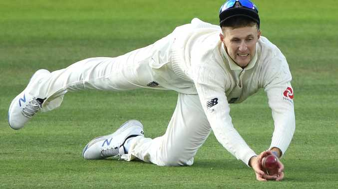 'I'm no cheat': Root defends dubious catch