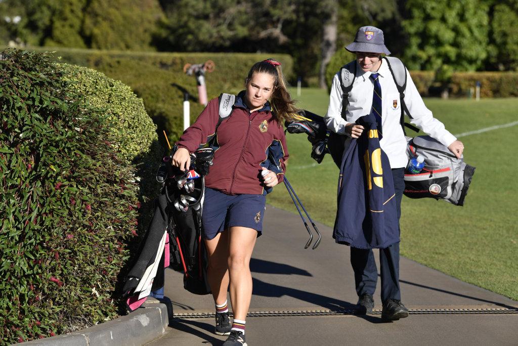Toowoomba junior golfers Kam Dunemann and Quinn Croker prepare for the School Sport Australia Golf Championships in Perth, Tuesday, August 20, 2019.