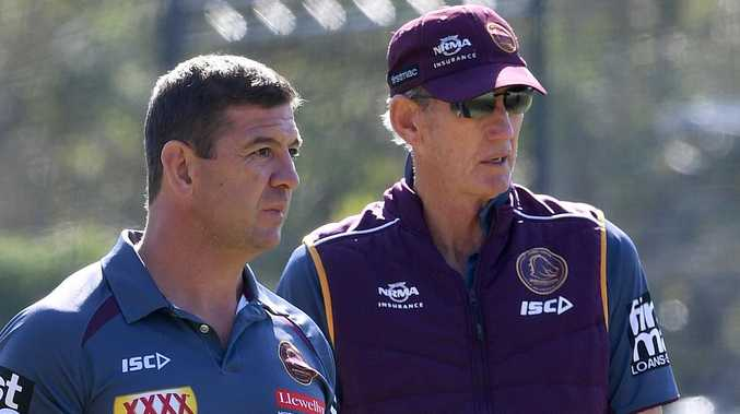 Bunnies assistant slams Seibold in stunning spray