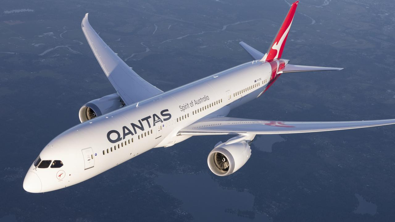 Qantas is stepping up in its goal to launch the first direct flights between Sydney and New York by announcing a test flight for the epic, 19-hour route.