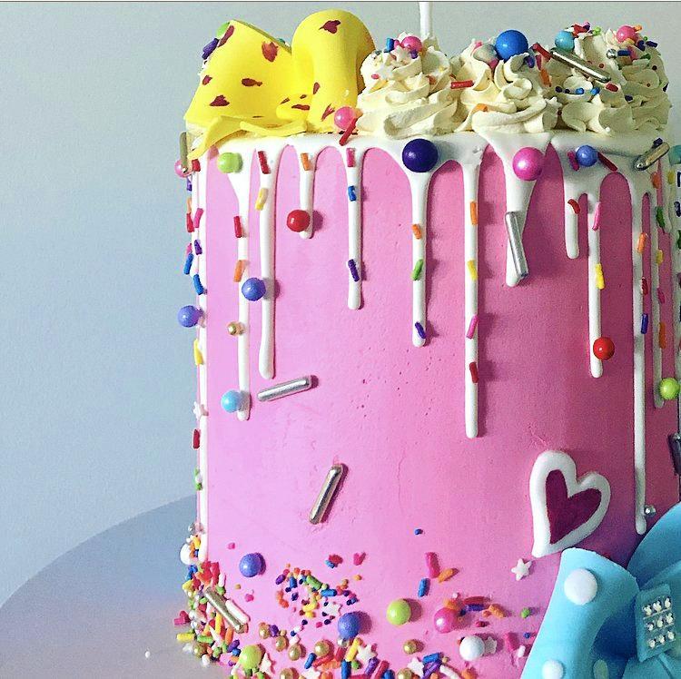Torta Bella Cakes Warwick cake decorator cool cakes birthday cakes