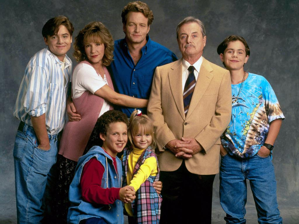 Will Friedle, Betsy Randle, Ben Savage, William Russ, Lily Nicksay, William Daniels and Rider Strong in Boy Meets World.