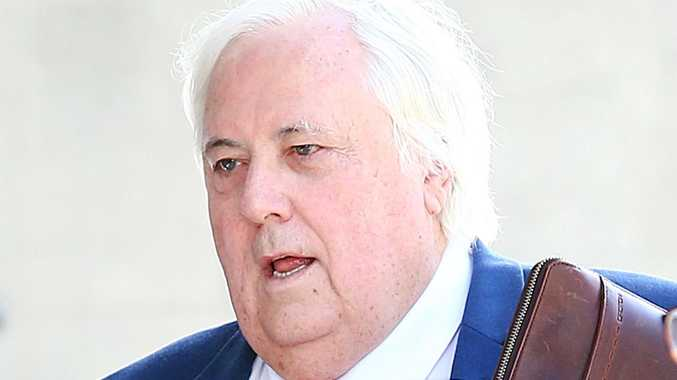 Palmer loses bid to shut down trial