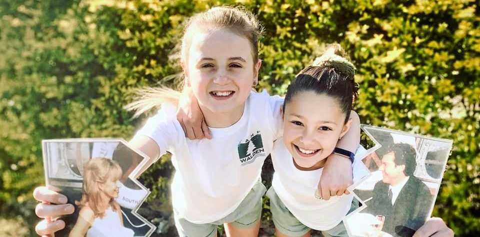 Renae Morgan Barnes kids dressed as the Parent Trap twins