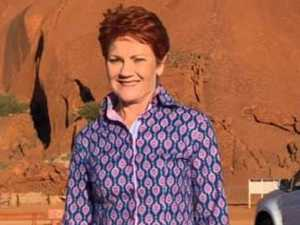 Terrified Hanson gets stuck on Uluru