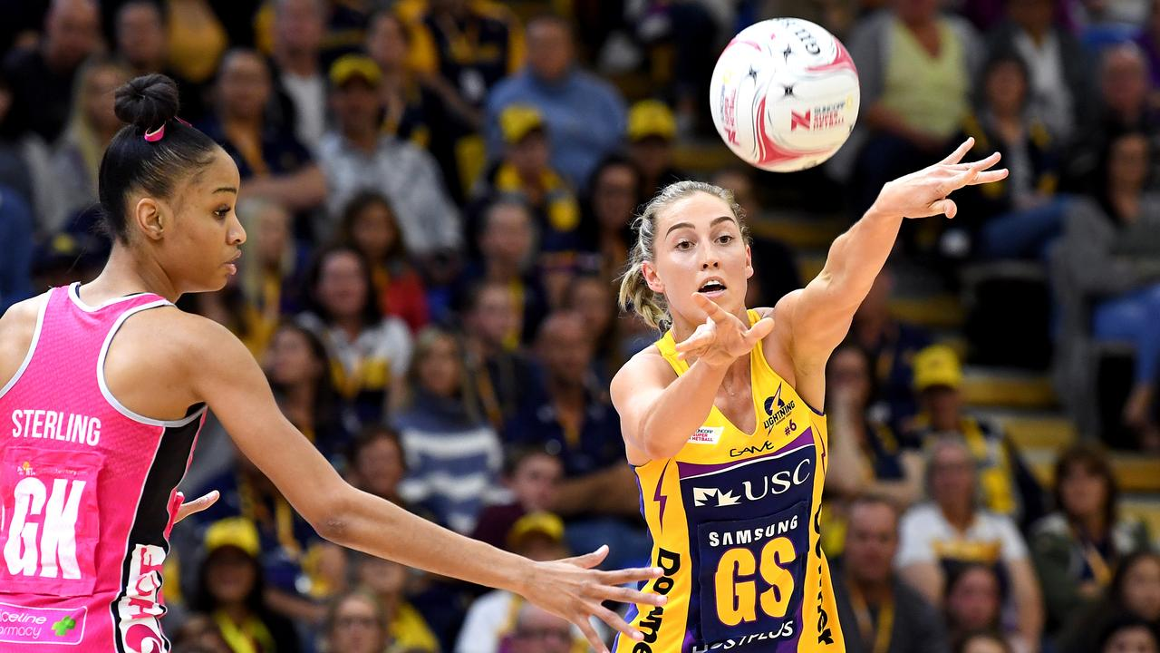 Cara Koenen passes the ball during the Round 14 Super Netball match between the Sunshine Coast Lightning and Adelaide Thunderbirds.