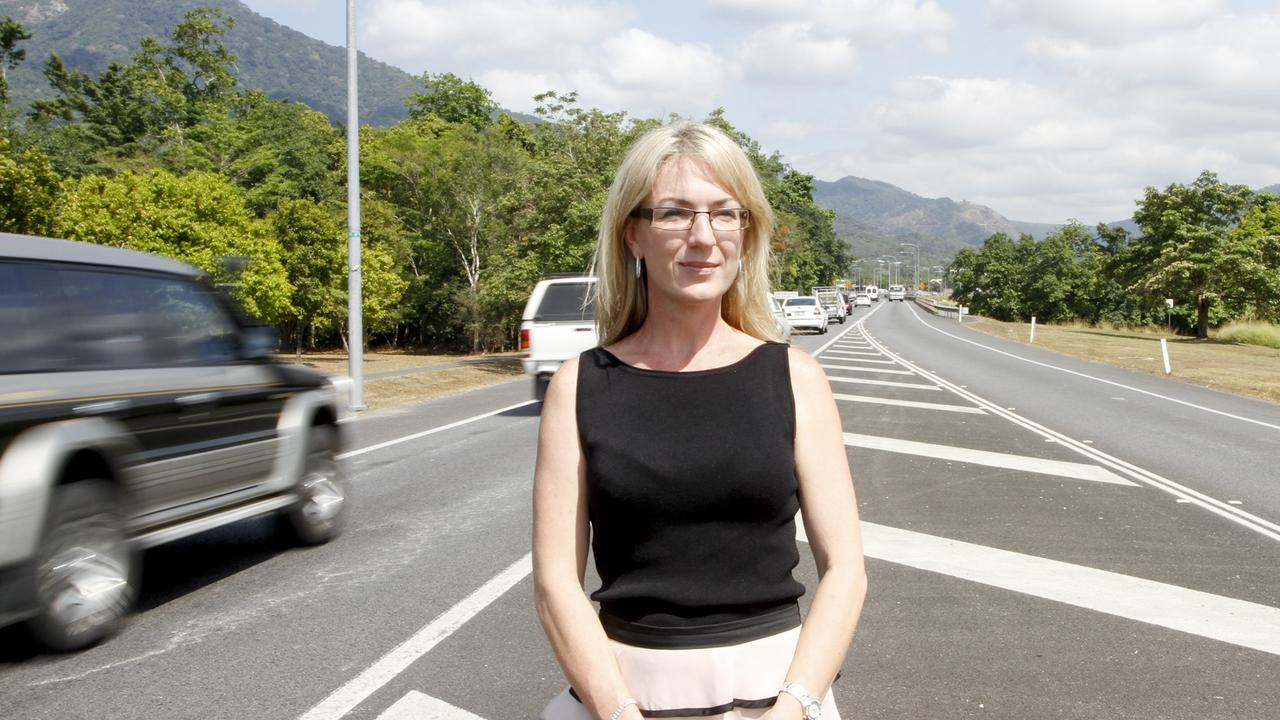Cairns councillor Linda Cooper says school students are put at risk.