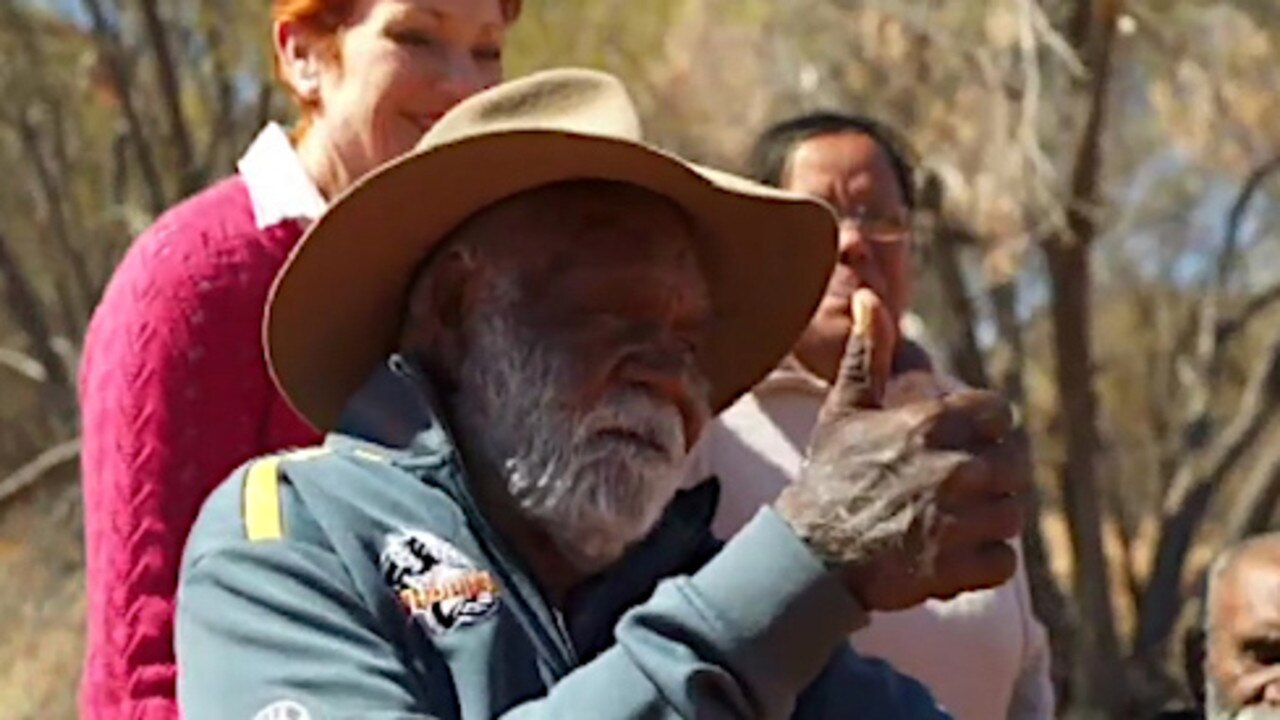 Pauline Hanson spent time with traditional owners Cassidy and Reggie Uluru.