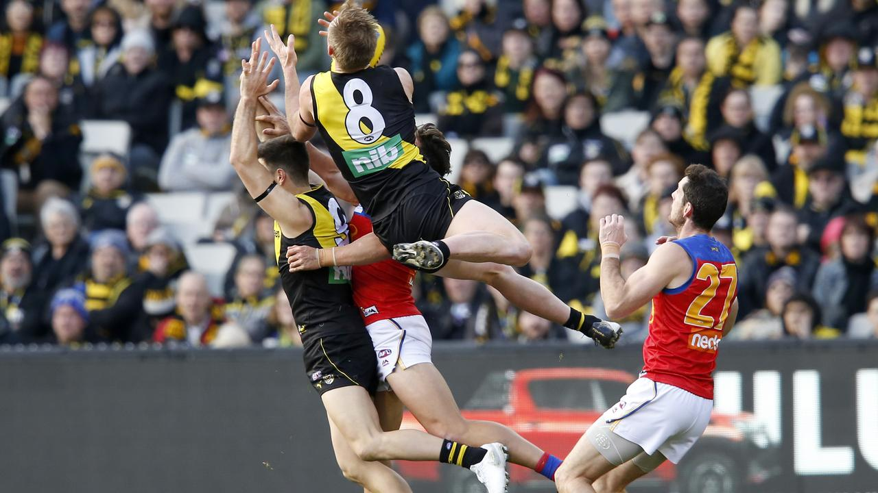 Jack Riewoldt flies for a huge mark in Richmond's Round 23 win over Brisbane. Picture: Darrian Traynor/Getty Images.