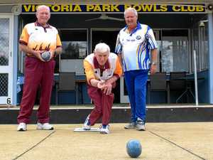 Leading lawn bowlers on way to Rocky