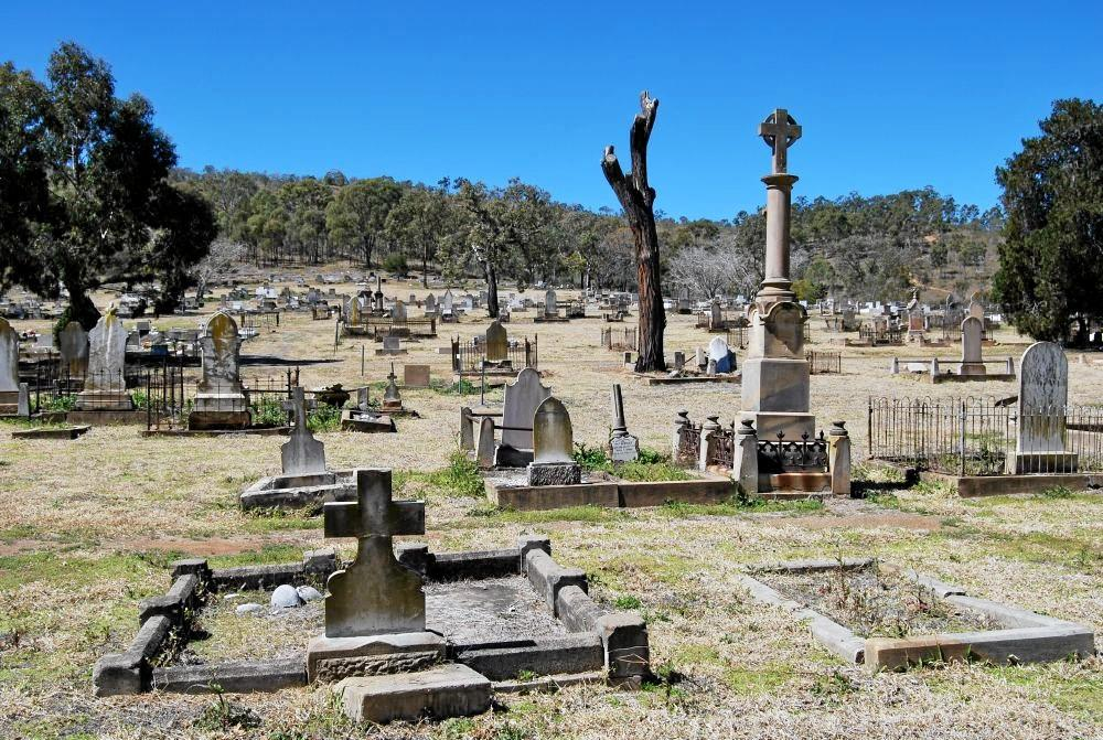 Mount Morgan Cemetery is home to many historic monuments.