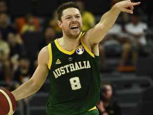 Australia reacts to Dellavedova domination