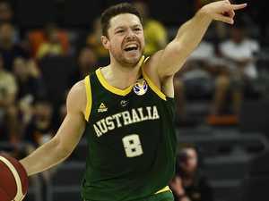 Australia reacts to Dellavedova domination