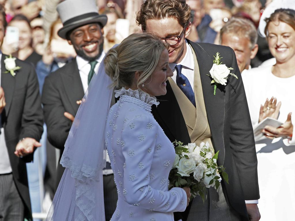 Ellie Goulding marries Caspar Jopling in York Minster