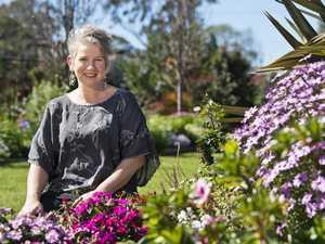 City judge visits the garden entrants