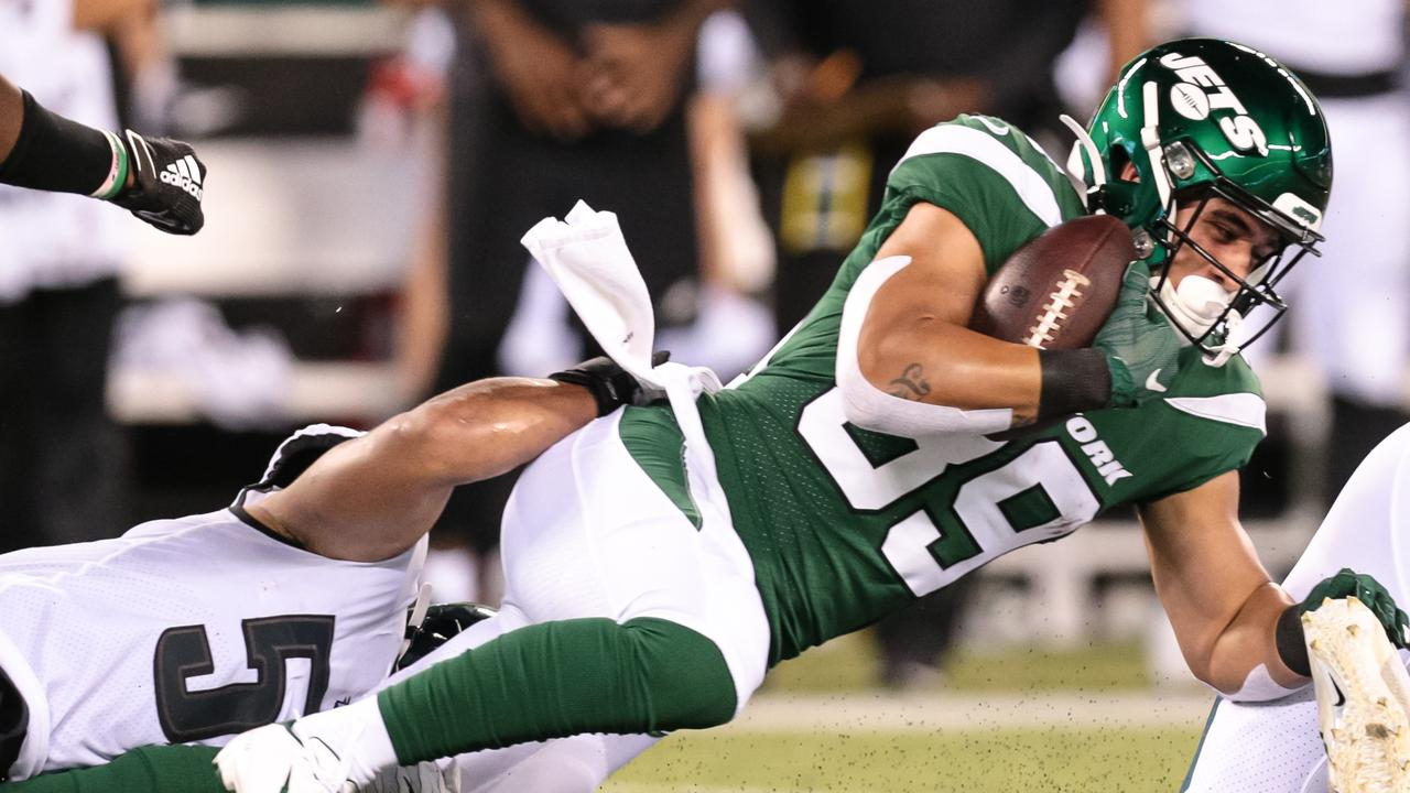 EAST RUTHERFORD, NJ — AUGUST 29: New York Jets running back Valentine Holmes (39) is tackled during the pre-season National Football League game between the Philadelphia Eagles and the New York Jets on August 29, 2019 at MetLife Stadium in East Rutherford, NJ. (Photo by Joshua Sarner/Icon Sportswire via Getty Images)