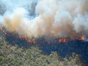 Warning issued after new bushfire flares up at The Caves