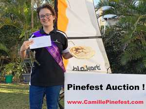 Pinefest Ambassador entrant holds auction to save the reef