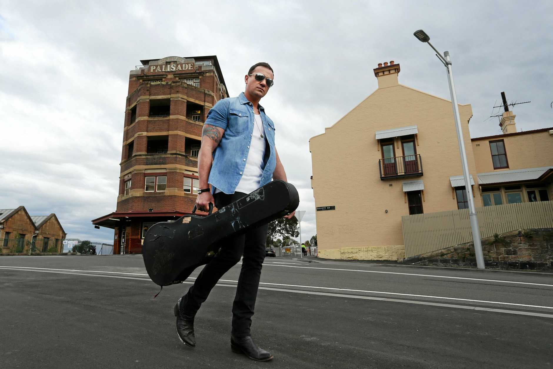 Shannon Noll will perform in Ipswich at The Racehorse Hotel on October 19.