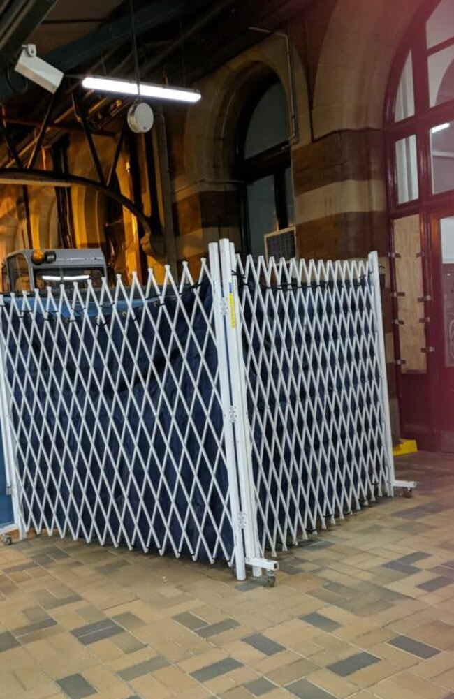 A barricade set up for searching at Central station in Sydney. Source: Facebook/Sniff Off
