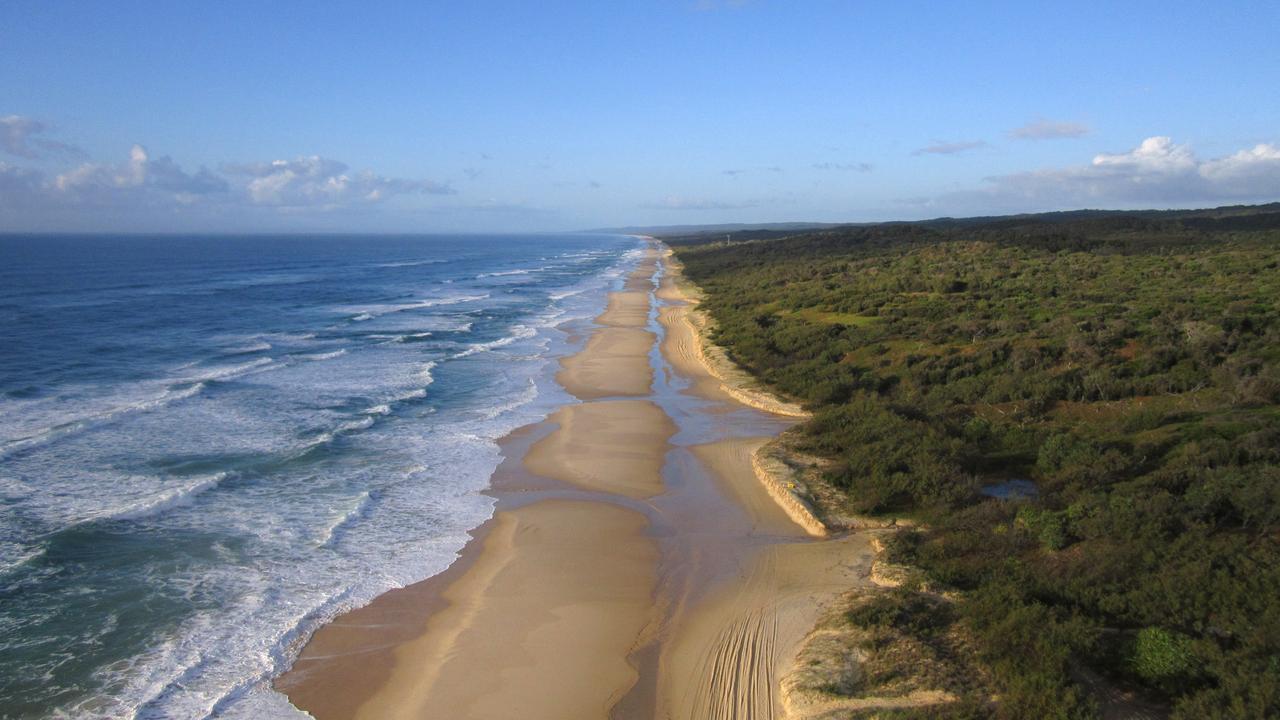 75 Mile Beach, Fraser Island.