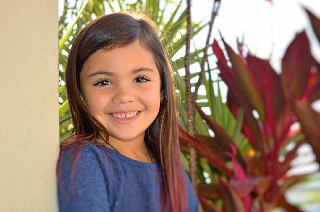 8-year-old Mackay girl Mia McEldowney is battling cancer.