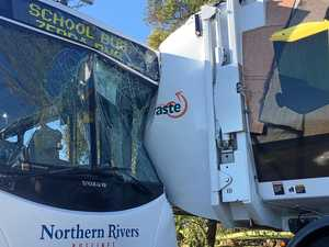 BREAKING: Children trapped in bus crash at Goonellabah