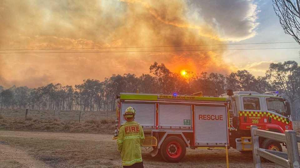 Narrabri Fire and Rescue are currently in Tenterfield forming part of Strike Team Oscar assisting with a large bush fire with multiple houses under threat.