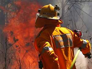 Seek shelter to survive: Fire advances on Stanthorpe