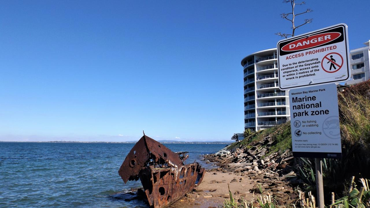 New signs have been put up at the Gayundah ship wreck at Woody Point. Photo: Barry Tuton