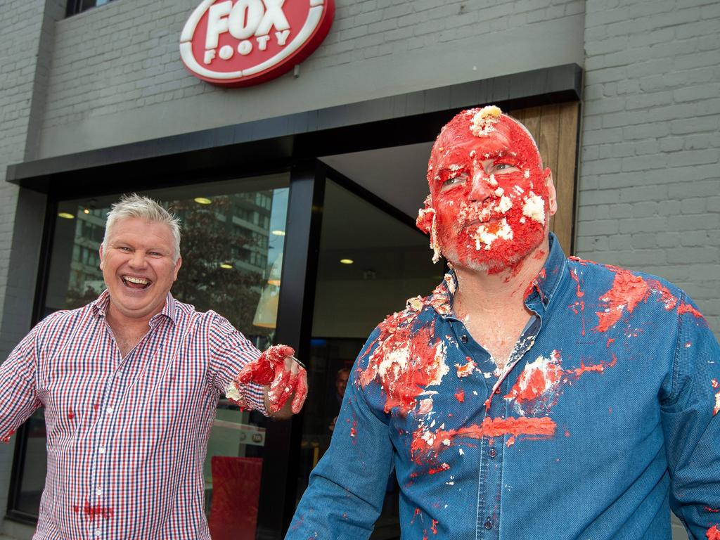 Jason Dunstall and Danny Frawley with Bounces' 350th birthday cake.