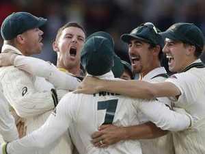 Australia retain break 18-year Ashes drought