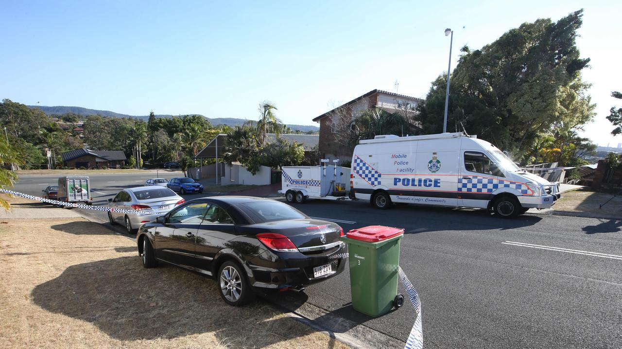 Police at the crime scene at Renfrew Drv, Highland Park. Picture: Glenn Hampson