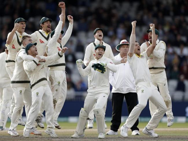 Ponting hails 'relentless' bowlers as Australia retain Ashes