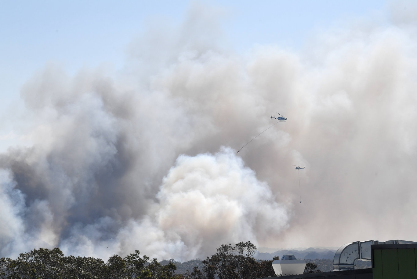 A monstrous and devastating fire ripped through Peregian Springs, Peregian Breeze and Peregian Beach heading north towards Marcus Beach and Noosa. Photo Patrick Woods / Sunshine Coast Daily.