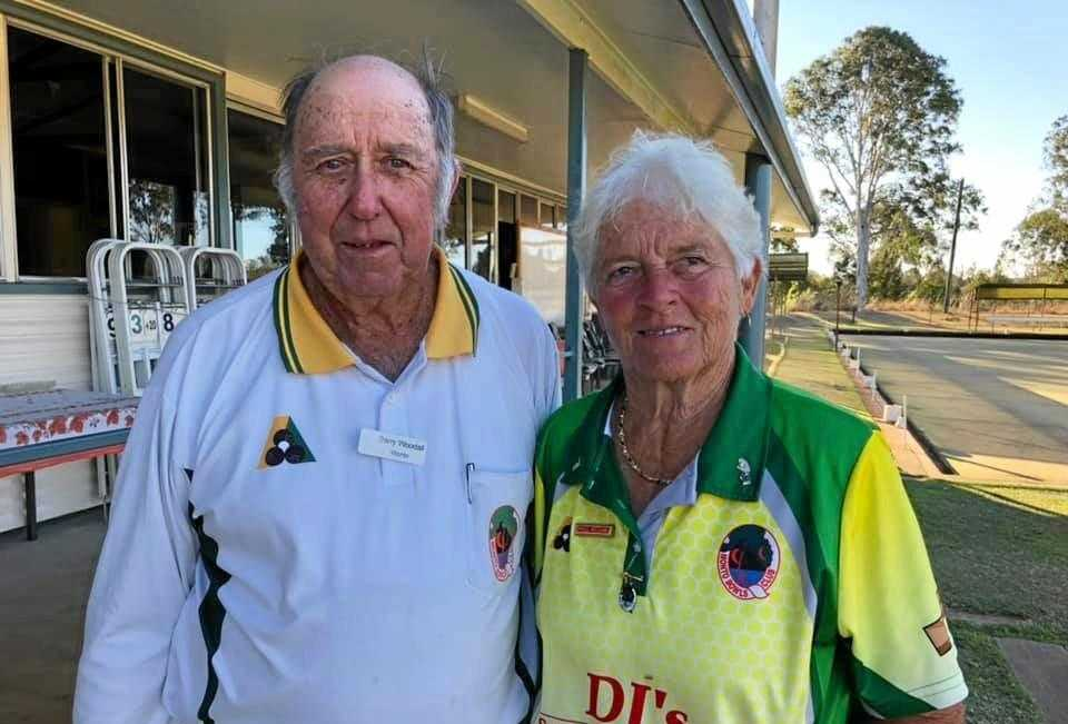 Monto Bowls Club presidents Barry Woodall and Phyllis Williams.