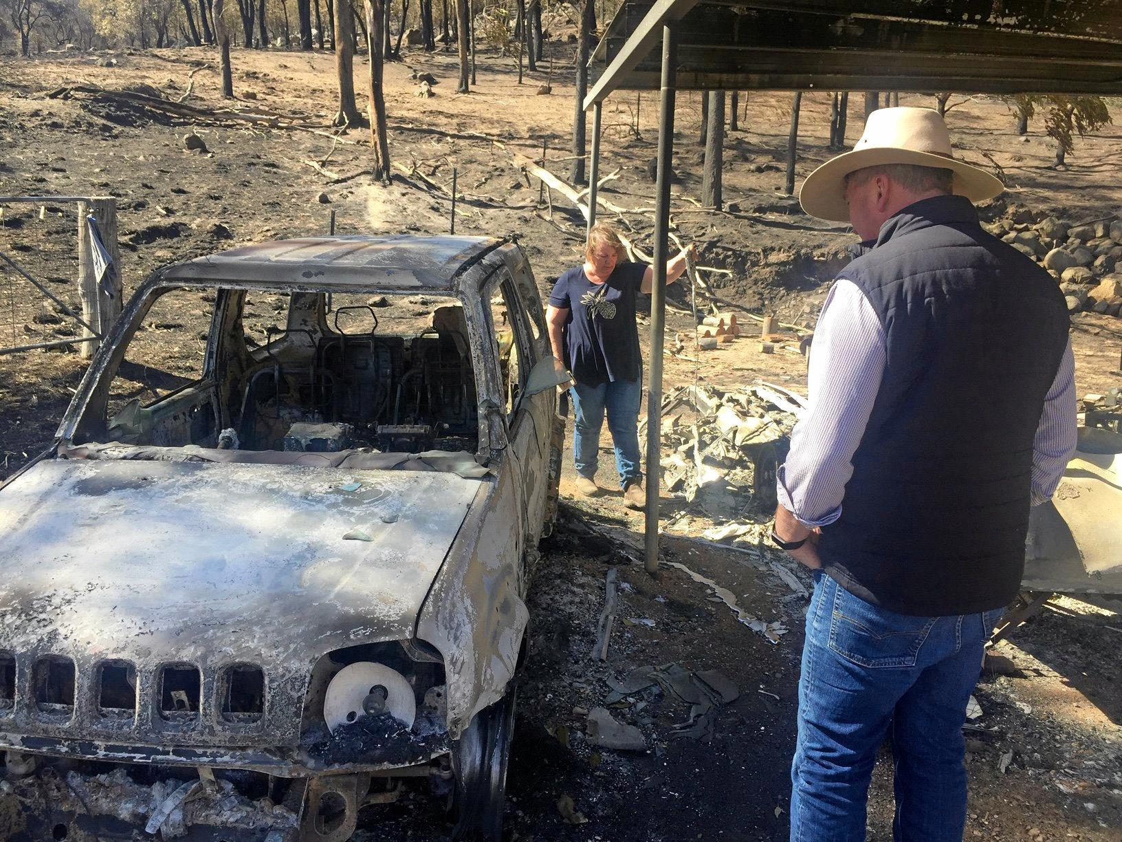 BUSHFIRES: tHE Member for New England, Barnaby Joyce, in Tenterfield on Saturday.