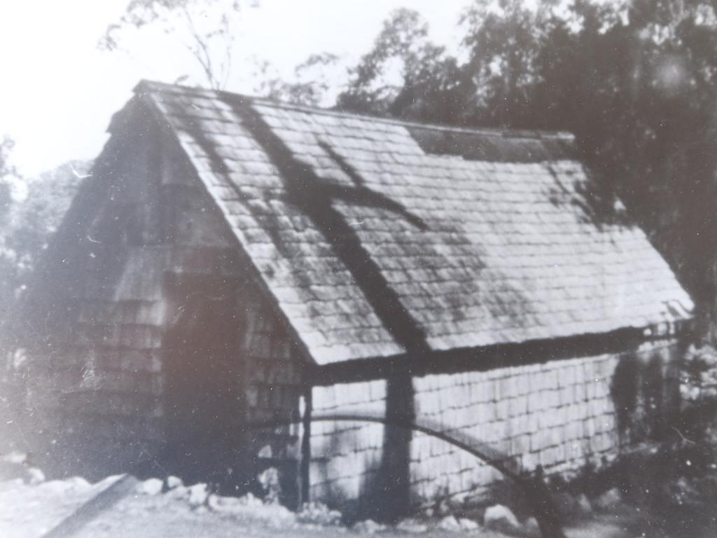 An original lodge at Binna Burra.