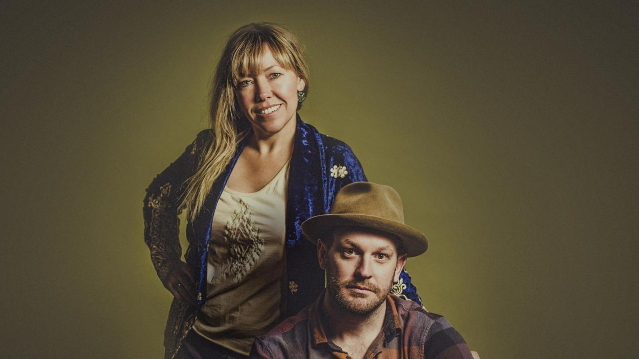 Felicity Urquhart and Brad Butcher are on tour in regional Queensland with their New Harmony Tour.