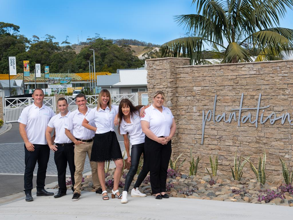 Plantations by Ingenia Lifestyle - Woolgoolga. Tim Hill senior project manager, Shane Klazena Sales, Terry Rohan Sales, Lisa Knowlson Community Manager, Piere Kelly sales, Cherrie Riley assistant community manager.